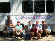 The support team decorated our Bus at the Mildner\'s house
